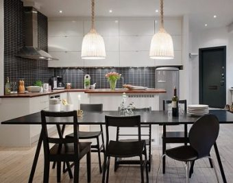 Black and White Kitchens, Classic Yet Timeless