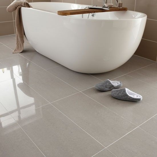Polished floor tiles in the bathroom - Image via Pinterest